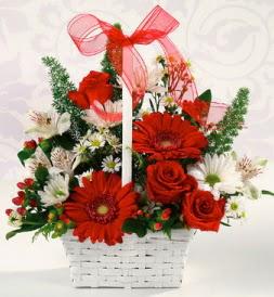 Karışık rengarenk mevsim çiçek sepeti  Bilecik çiçekçi internetten çiçek siparişi
