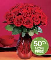 Bilecik çiçekçi çiçek gönderme sitemiz güvenlidir  10 adet Vazoda Gül çiçek ideal seçim
