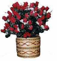 yapay kirmizi güller sepeti   Bilecik çiçekçi kaliteli taze ve ucuz çiçekler