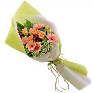sade güllü buket demeti  Bilecik çiçekçi çiçekçi mağazası