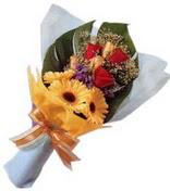 güller ve gerbera çiçekleri   Bilecik çiçekçi çiçek gönderme sitemiz güvenlidir