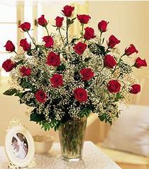 Bilecik çiçekçi çiçek , çiçekçi , çiçekçilik  özel günler için 12 adet kirmizi gül