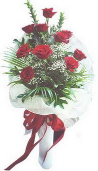 Bilecik çiçekçi hediye çiçek yolla  10 adet kirmizi gülden buket tanzimi özel anlara