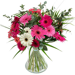 15 adet gerbera ve vazo çiçek tanzimi  Bilecik çiçekçi online çiçek gönderme sipariş
