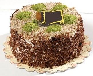pasta gönderme 4 ile 6 kisilik çikolatali yas pasta  Bilecik çiçekçi çiçek satışı