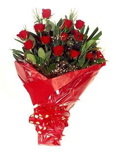 12 adet kirmizi gül buketi  Bilecik çiçekçi çiçekçiler