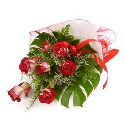 Çiçek gönder 9 adet kirmizi gül buketi  Bilecik çiçekçi çiçek siparişi vermek