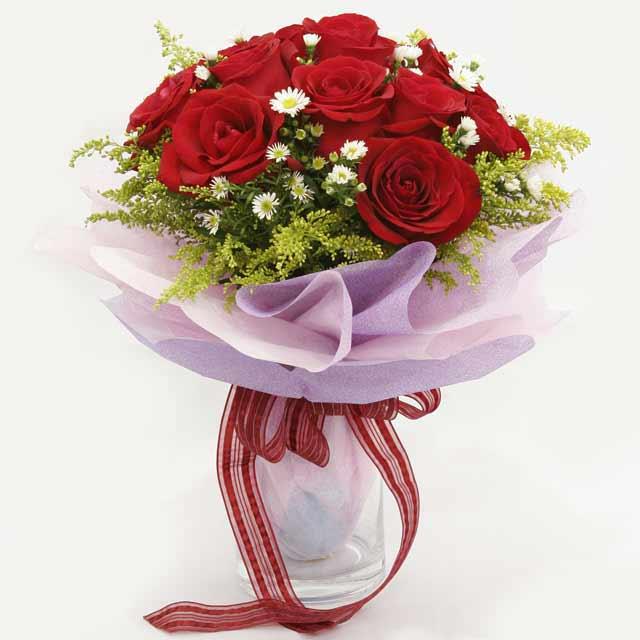 Çiçek gönderme estetikliginiz 11 gül buket  Bilecik çiçekçi çiçekçi mağazası