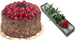 1 adet yas pasta ve 1 adet kutu gül  Bilecik çiçekçi uluslararası çiçek gönderme