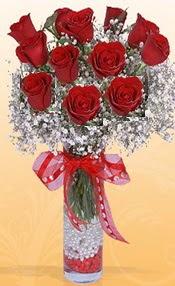 10 adet kirmizi gülden vazo tanzimi  Bilecik çiçekçi çiçek siparişi sitesi