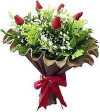 Bilecik çiçekçi online çiçek gönderme sipariş  5 adet kirmizi gül buketi demeti