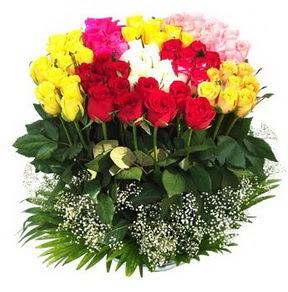 Bilecik çiçekçi çiçek mağazası , çiçekçi adresleri  51 adet renkli güllerden aranjman tanzimi