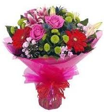 Karışık mevsim çiçekleri demeti  Bilecik çiçekçi online çiçek gönderme sipariş