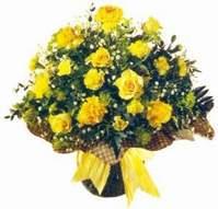 Bilecik çiçekçi çiçek , çiçekçi , çiçekçilik  Sari gül karanfil ve kir çiçekleri