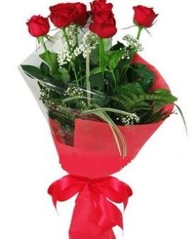 5 adet kırmızı gülden buket  Bilecik çiçekçi kaliteli taze ve ucuz çiçekler