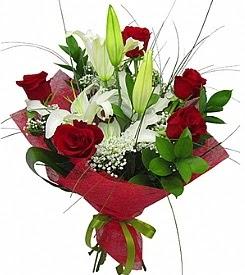 1 dal kazablanka 5 kırmızı gül buketi  Bilecik çiçekçi kaliteli taze ve ucuz çiçekler
