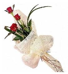 3 adet kırmızı gül buketi  Bilecik çiçekçi güvenli kaliteli hızlı çiçek