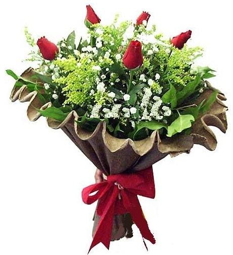 5 adet gülden buket  Bilecik çiçekçi çiçek gönderme sitemiz güvenlidir
