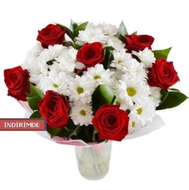 7 kırmızı gül ve 1 demet krizantem  Bilecik çiçekçi çiçek gönderme sitemiz güvenlidir